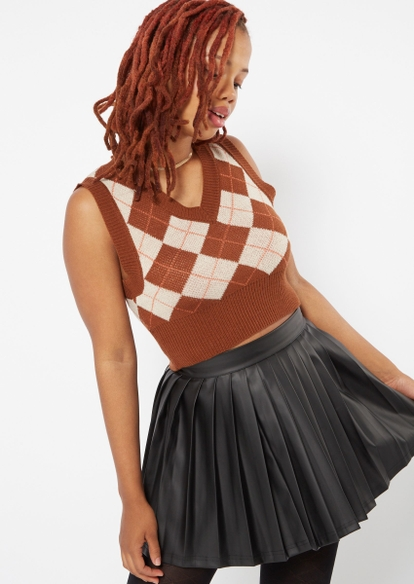 brown argyle cropped sweater vest - Main Image