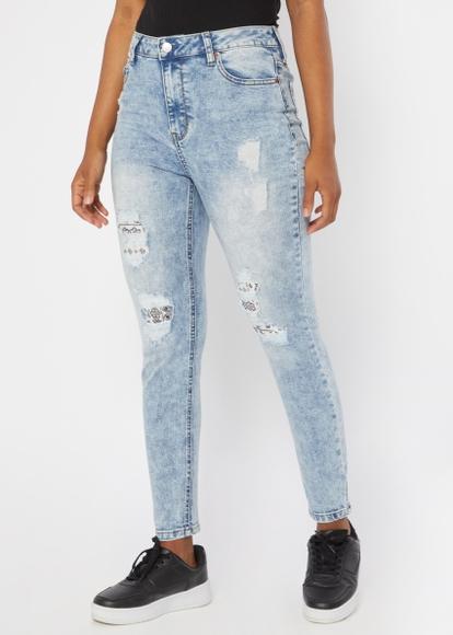 medium wash high rise bandana rip repair ankle jeans - Main Image