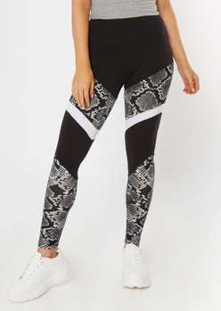 snakeskin print chevron striped super soft leggings - Main Image