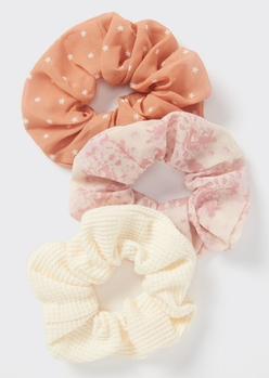 3-pack peach star print scrunchie set - Main Image