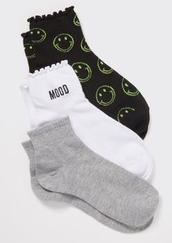3-pack mood ruffled embroidered quarter crew socks - Main Image