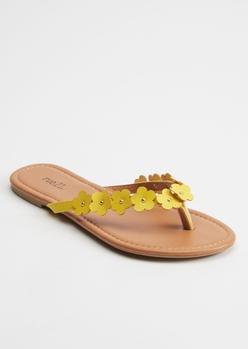 yellow daisy flip flops - Main Image