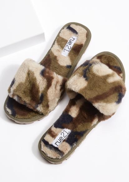 camo print faux fur lug sole slippers - Main Image
