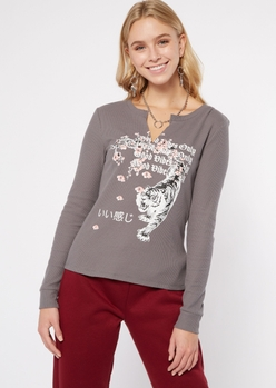 gray good vibes tiger graphic thermal top - Main Image