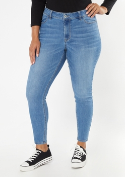 plus ultimate stretch medium wash mid rise jeggings in short - Main Image