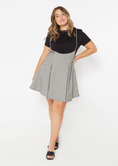 plus 2-piece black plaid pleated dress and tee - Main Image