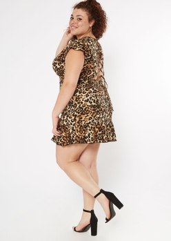 plus cheetah print lace up back flutter sleeve dress - Main Image